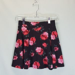 [H&M] Rose Print Mini Skirt